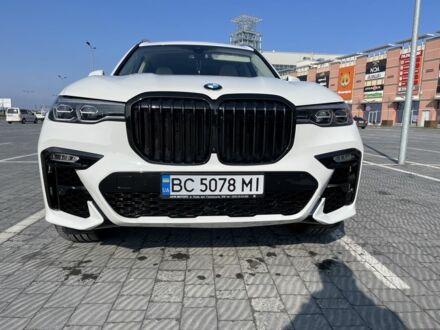 Белый БМВ X7, объемом двигателя 3 л и пробегом 27 тыс. км за 75000 $, фото 1 на Automoto.ua