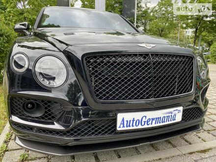 Черный Бентли Бентайга, объемом двигателя 6 л и пробегом 2 тыс. км за 298600 $, фото 1 на Automoto.ua