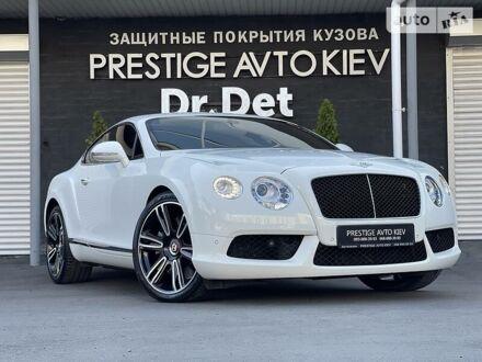 Белый Бентли Континенталь ГТ, объемом двигателя 4 л и пробегом 32 тыс. км за 119900 $, фото 1 на Automoto.ua
