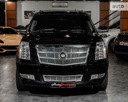 Черный Кадиллак Эскалейд, объемом двигателя 6.2 л и пробегом 160 тыс. км за 39900 $, фото 1 на Automoto.ua