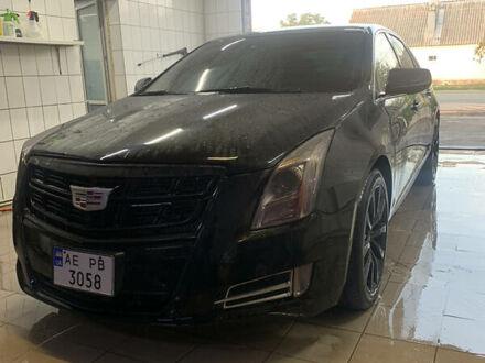 Черный Кадиллак ХТС, объемом двигателя 3.6 л и пробегом 122 тыс. км за 18000 $, фото 1 на Automoto.ua