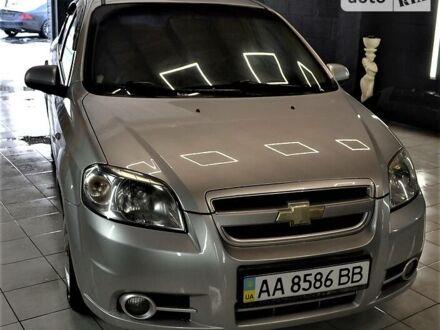 Серый Шевроле Авео, объемом двигателя 1.6 л и пробегом 180 тыс. км за 5600 $, фото 1 на Automoto.ua