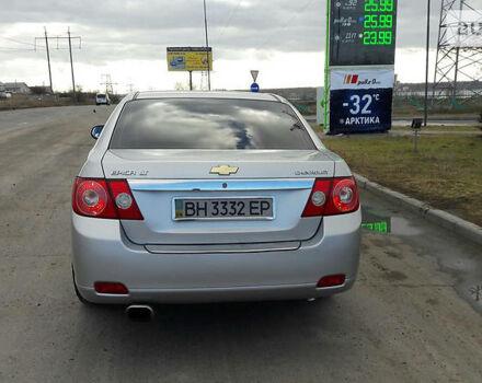 Серебряный Шевроле Эпика, объемом двигателя 2.5 л и пробегом 135 тыс. км за 8000 $, фото 1 на Automoto.ua