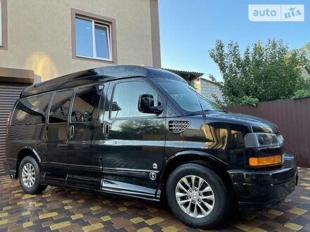 Черный Шевроле Express пас, объемом двигателя 5.3 л и пробегом 190 тыс. км за 22000 $, фото 1 на Automoto.ua