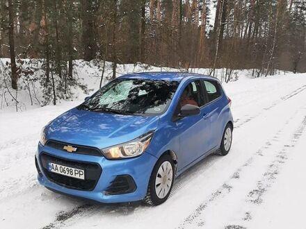 Синій Шевроле Спарк, об'ємом двигуна 1.4 л та пробігом 59 тис. км за 9000 $, фото 1 на Automoto.ua