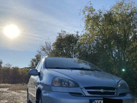 Серый Шевроле Такума, объемом двигателя 2 л и пробегом 292 тыс. км за 5000 $, фото 1 на Automoto.ua