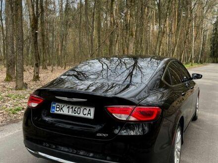 Чорний Крайслер 200, об'ємом двигуна 2.4 л та пробігом 33 тис. км за 12500 $, фото 1 на Automoto.ua
