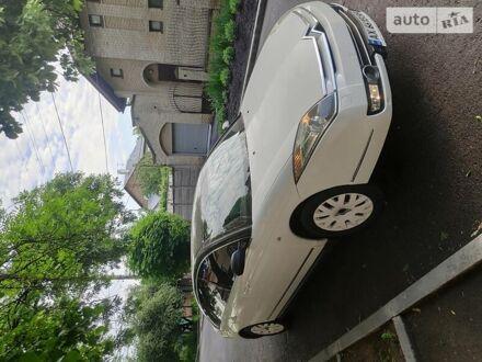 Белый Ситроен С6, объемом двигателя 2.9 л и пробегом 95 тыс. км за 15000 $, фото 1 на Automoto.ua