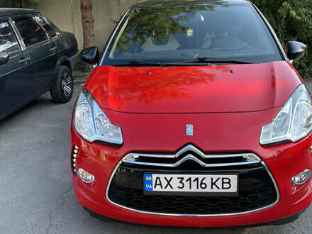 Червоний Сітроен ДС3, об'ємом двигуна 1.6 л та пробігом 114 тис. км за 8100 $, фото 1 на Automoto.ua