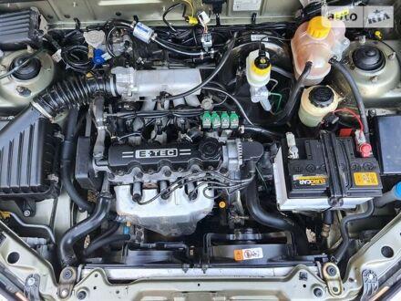 Зеленый Дэу Ланос, объемом двигателя 1.5 л и пробегом 120 тыс. км за 3600 $, фото 1 на Automoto.ua