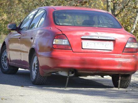 Красный Дэу Леганза, объемом двигателя 2 л и пробегом 250 тыс. км за 1381 $, фото 1 на Automoto.ua