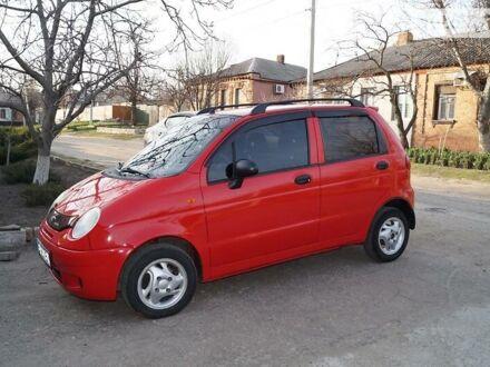 Красный Дэу Матиз, объемом двигателя 0.8 л и пробегом 101 тыс. км за 3700 $, фото 1 на Automoto.ua