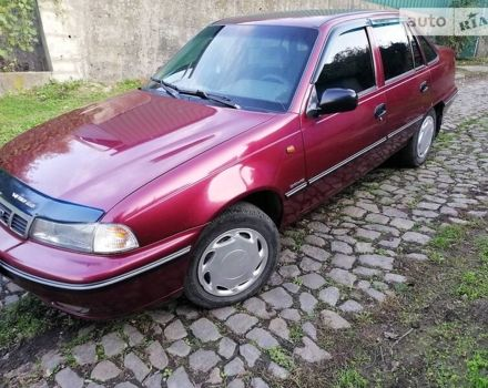 Красный Дэу Нексия, объемом двигателя 1.5 л и пробегом 285 тыс. км за 2500 $, фото 1 на Automoto.ua
