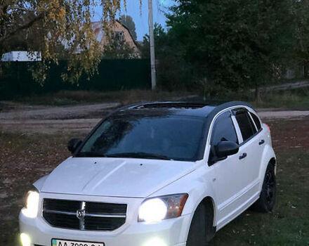Белый Додж Калибер, объемом двигателя 2 л и пробегом 217 тыс. км за 7300 $, фото 1 на Automoto.ua