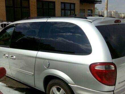 Сірий Додж Caravan, об'ємом двигуна 3.8 л та пробігом 150 тис. км за 9500 $, фото 1 на Automoto.ua