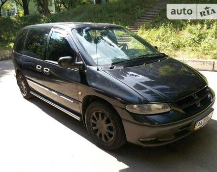 Чорний Додж Caravan, об'ємом двигуна 2.5 л та пробігом 3 тис. км за 4900 $, фото 1 на Automoto.ua