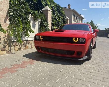 Красный Додж Челенджер, объемом двигателя 0 л и пробегом 35 тыс. км за 53777 $, фото 1 на Automoto.ua
