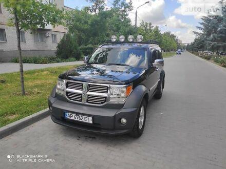 Черный Додж Нитро, объемом двигателя 2.8 л и пробегом 324 тыс. км за 12500 $, фото 1 на Automoto.ua