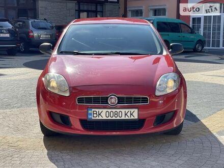 Красный Фиат Браво, объемом двигателя 1.4 л и пробегом 130 тыс. км за 5200 $, фото 1 на Automoto.ua