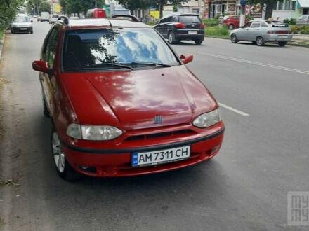 Красный Фиат Палио, объемом двигателя 1.6 л и пробегом 270 тыс. км за 3200 $, фото 1 на Automoto.ua