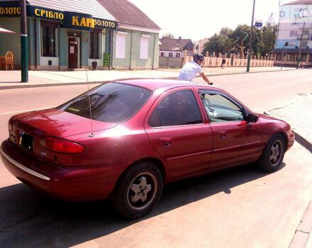Красный Форд Контур, объемом двигателя 2 л и пробегом 420 тыс. км за 3200 $, фото 1 на Automoto.ua