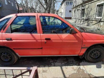 Красный Форд Эскорт, объемом двигателя 1.6 л и пробегом 1 тыс. км за 1100 $, фото 1 на Automoto.ua