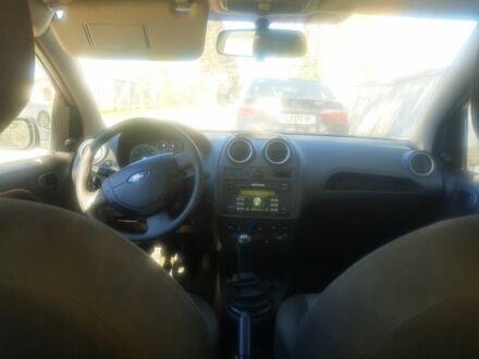 Черный Форд Фиеста, объемом двигателя 14 л и пробегом 255 тыс. км за 3600 $, фото 1 на Automoto.ua