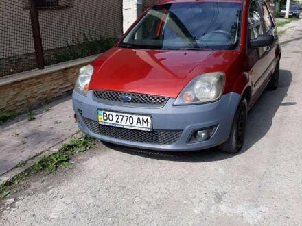 Красный Форд Фиеста, объемом двигателя 1.4 л и пробегом 190 тыс. км за 6200 $, фото 1 на Automoto.ua