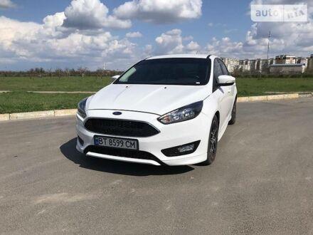 Белый Форд Фокус, объемом двигателя 2 л и пробегом 140 тыс. км за 10999 $, фото 1 на Automoto.ua