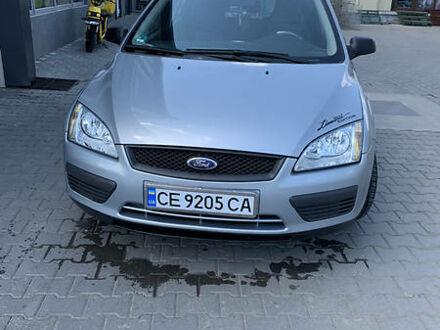 Серый Форд Фокус, объемом двигателя 1.6 л и пробегом 200 тыс. км за 4999 $, фото 1 на Automoto.ua