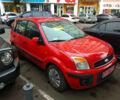 Красный Форд Фьюжн, объемом двигателя 0 л и пробегом 200 тыс. км за 4750 $, фото 1 на Automoto.ua
