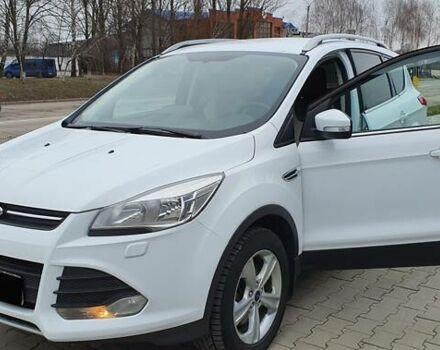 Белый Форд Куга, объемом двигателя 2 л и пробегом 120 тыс. км за 17100 $, фото 1 на Automoto.ua