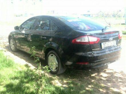 Черный Форд Мондео, объемом двигателя 1.6 л и пробегом 47 тыс. км за 13000 $, фото 1 на Automoto.ua