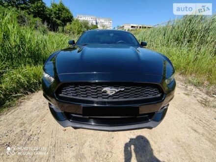 Черный Форд Мустанг, объемом двигателя 2.3 л и пробегом 94 тыс. км за 22000 $, фото 1 на Automoto.ua