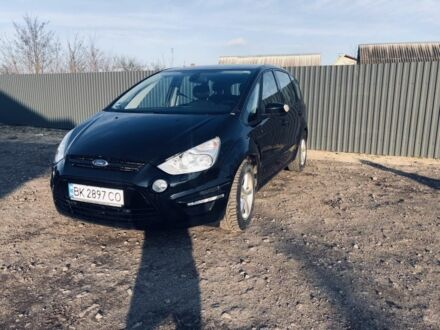 Черный Форд С-Макс, объемом двигателя 2 л и пробегом 125 тыс. км за 12500 $, фото 1 на Automoto.ua