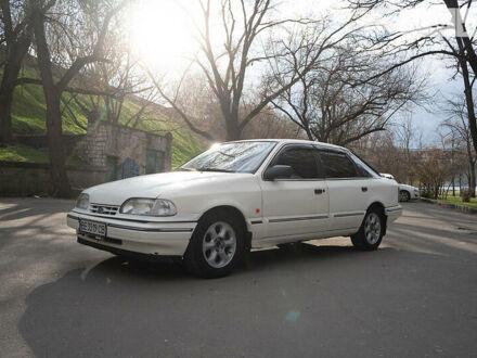 Білий Форд Скорпіо, об'ємом двигуна 2 л та пробігом 300 тис. км за 2400 $, фото 1 на Automoto.ua