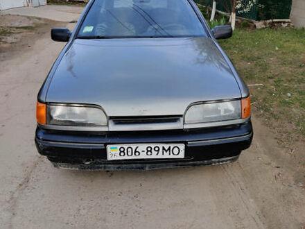 Серый Форд Скорпио, объемом двигателя 0 л и пробегом 100 тыс. км за 1100 $, фото 1 на Automoto.ua