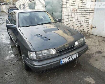 Серый Форд Скорпио, объемом двигателя 2.5 л и пробегом 180 тыс. км за 3000 $, фото 1 на Automoto.ua