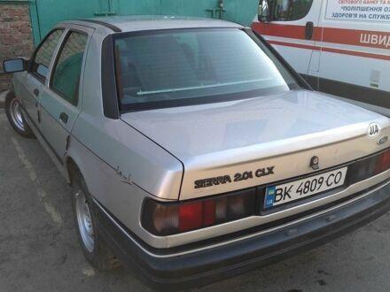 Срібний Форд Сієрра, об'ємом двигуна 2 л та пробігом 11 тис. км за 2199 $, фото 1 на Automoto.ua