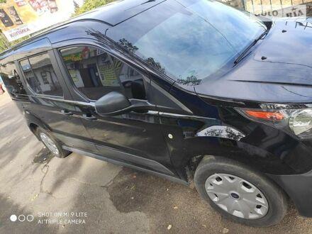 Черный Форд Транзит Коннект пасс., объемом двигателя 2.5 л и пробегом 50 тыс. км за 14999 $, фото 1 на Automoto.ua