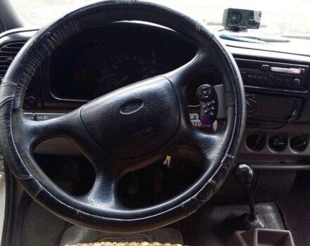 Белый Форд Транзит, объемом двигателя 2.5 л и пробегом 400 тыс. км за 3800 $, фото 1 на Automoto.ua