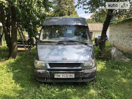 Оливковый Форд Transit груз.-пасс., объемом двигателя 2 л и пробегом 318 тыс. км за 5900 $, фото 1 на Automoto.ua