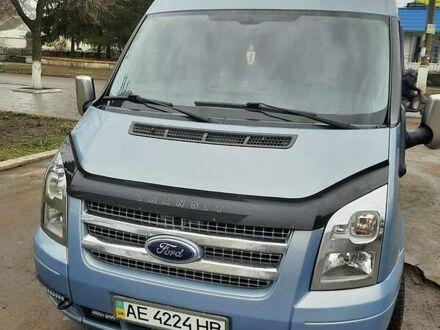 Синий Форд Транзит пасс., объемом двигателя 2.2 л и пробегом 200 тыс. км за 14300 $, фото 1 на Automoto.ua