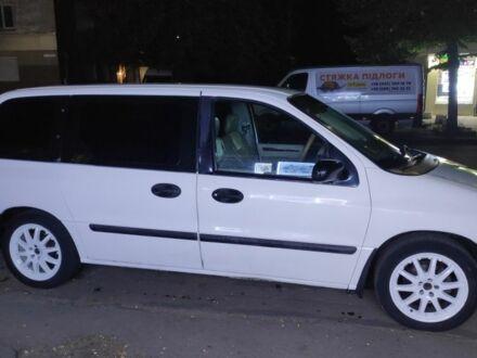 Белый Форд Виндстар, объемом двигателя 3.8 л и пробегом 335 тыс. км за 5700 $, фото 1 на Automoto.ua