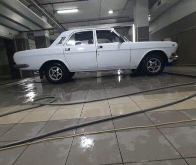 Белый ГАЗ 24-10 Волга, объемом двигателя 2.4 л и пробегом 79 тыс. км за 2000 $, фото 1 на Automoto.ua