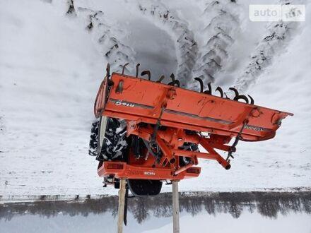 Оранжевый Хиномото Н239, объемом двигателя 1.5 л и пробегом 980 тыс. км за 7600 $, фото 1 на Automoto.ua