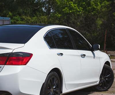 Білий Хонда Аккорд, об'ємом двигуна 2.4 л та пробігом 150 тис. км за 12900 $, фото 1 на Automoto.ua