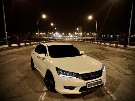 Білий Хонда Аккорд, об'ємом двигуна 2.4 л та пробігом 110 тис. км за 18000 $, фото 1 на Automoto.ua