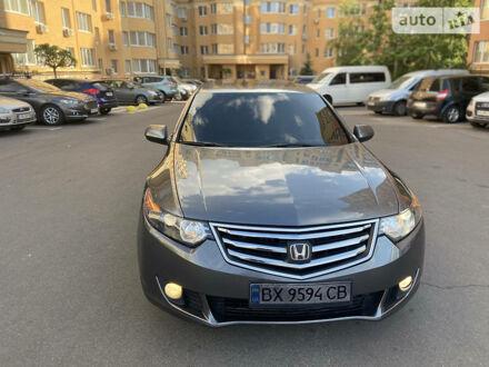 Сірий Хонда Аккорд, об'ємом двигуна 2 л та пробігом 135 тис. км за 8500 $, фото 1 на Automoto.ua