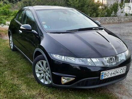 Черный Хонда Цивик, объемом двигателя 2.2 л и пробегом 214 тыс. км за 7400 $, фото 1 на Automoto.ua
